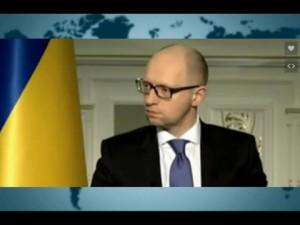Яценюк рассказал, как прожить на одну зарплату